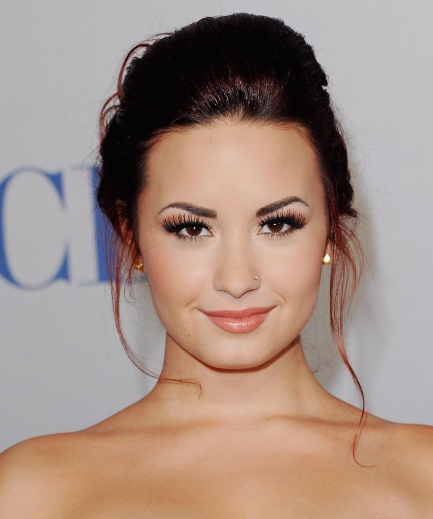 2012 People's Choice Awards - Arrivals