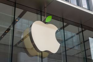 Apple Store Welcomes Earth Day
